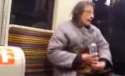 Une vieille femme raciste insulte les musulmans dans le métro